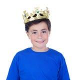 Lyckligt barn med den guld- kronan på huvudet Arkivfoto