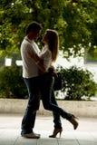 lyckligt förälskelsebarn för par royaltyfria foton