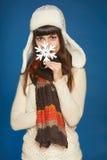 Lyckligt folk för vinter - kvinna med snöflingan Royaltyfri Fotografi