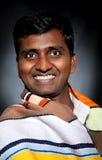 lyckligt indiskt le för man Royaltyfri Fotografi