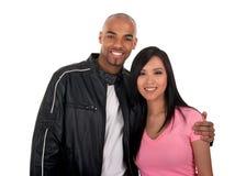 lyckligt interracial för par Fotografering för Bildbyråer