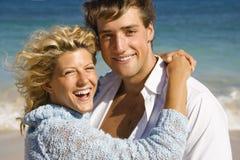 lyckligt le för par royaltyfri bild