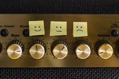Lyckligt ledset friläge för kontrollsinnesrörelser Arkivbild