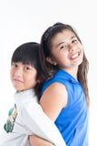 Lyckligt leende för asiatiska gulliga ungar Arkivfoto