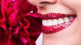 Lyckligt leende, sunda vita tänder, skratt Royaltyfria Bilder