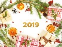 Lyckligt nytt år 2019 julen dekorerar nya home idéer för garnering till royaltyfri bild