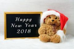 Lyckligt nytt år 2018 med en gullig nallebjörn Royaltyfria Bilder