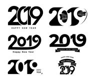 lyckligt nytt år Uppsättning av den svarta för textdesign för nummer 2019 modellen för typografi Planlägg för att hälsa affischen royaltyfri illustrationer