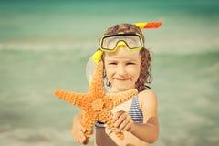 lyckligt strandbarn Royaltyfri Fotografi