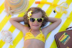 lyckligt strandbarn Arkivfoton