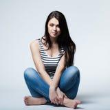 lyckligt tonårs- för carefree flicka fotografering för bildbyråer