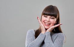 lyckligt tonårs- för flicka Arkivbild