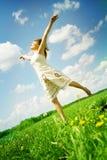 lyckligt utomhus- för flicka arkivfoton