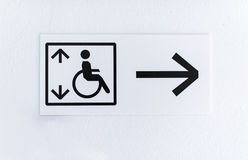 Lyft för rörelsehindrat folk Arkivbilder