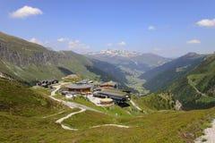 Lyft stationen, Sommerbergalm i Tyrol, Österrike Royaltyfri Foto