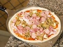 lyftpizzaspateltabell Arkivbild