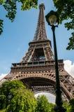 Lykta i Eiffeltorn royaltyfri fotografi