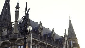 Lykta på St Michael Bridge i Ghent lager videofilmer