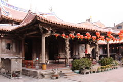 Lyktafestival i den Longshan templet i Taiwan Arkivfoton