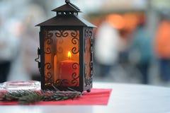 Lyktan på jul marknadsför Arkivfoton