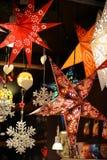 Lyktan på jul marknadsför arkivbild