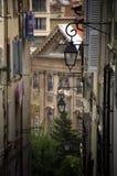 Lyktor i centrum i Marseille, Frankrike royaltyfria bilder