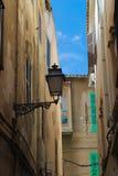 Lyktor på den spanska gatan Arkivfoton