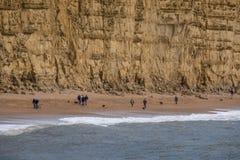 LYME REGIS, DORSET/UK - 22-ОЕ МАРТА: Юрская береговая линия на Re Lyme Стоковое Фото