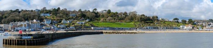 LYME REGIS, DORSET/UK - 22. MÄRZ: Ansicht von Lyme Regis vom H Lizenzfreie Stockbilder