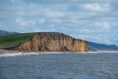 LYME REGIS, DORSET/UK - 22. MÄRZ: Juraküstenlinie bei Lyme bezüglich Stockfotografie
