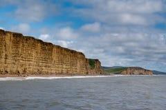 LYME REGIS, DORSET/UK - 22. MÄRZ: Juraküstenlinie bei Lyme bezüglich Stockfoto