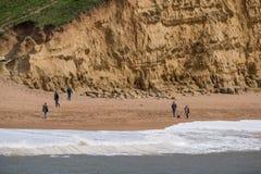LYME REGIS, DORSET/UK - 22. MÄRZ: Juraküstenlinie bei Lyme bezüglich Lizenzfreie Stockbilder