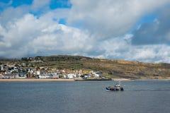 LYME REGIS, DORSET/UK - MARZEC 22: Widok Lyme Regis od H Zdjęcia Stock