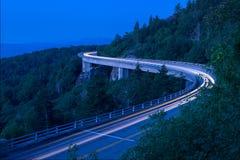 Lynn Cove Viaduct, alba scenica, North Carolina fotografie stock libere da diritti