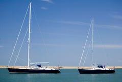 Lynnig seglingyacht för millivolt Royaltyfri Fotografi