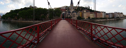 Lyon Fourviere Panoramablick von der Brücke Lizenzfreies Stockfoto
