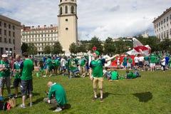 Lyon, França - 16 de junho de 2016: Irlanda do Norte ventila na zona do fã do campeonato europeu do futebol Imagens de Stock Royalty Free