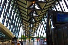 Lyon, France - 19 juin 2016 : architecture moderne en métal dans l'aéroport de Lyon Images stock