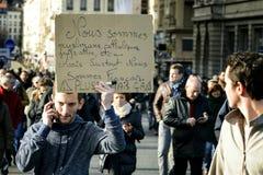 LYON, FRANCIA - 11 DE ENERO DE 2015: Protesta anti del terrorismo Foto de archivo libre de regalías