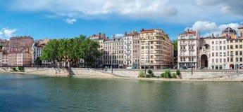 Lyon Frankrike gamla byggnader i den historiska staden Arkivfoto