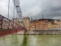 Lyon gammal stad och floden Saone, Lyon, Frankrike Royaltyfri Bild