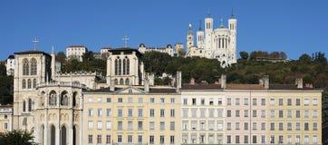 Lyon med basilikan, domkyrkan och Saone River Royaltyfri Bild