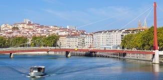 Lyon och Saone River med fartyget Royaltyfria Foton