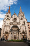 Lyon Rhone-Alpes, Frankrike - Maj 19: Fronton kyrkan av helgonet-Nizier, XIV århundrade UNESCOlista Royaltyfria Bilder