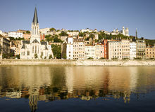Lyon: Saone flodstrand Arkivbild