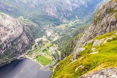 Lysefjord和Lysebotn鸟瞰图从山谢拉格山,在Forsand自治市 免版税图库摄影