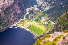 Lysefjord和Lysebotn鸟瞰图从山谢拉格山,在Forsand自治市 库存图片