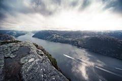 Lysefjord dalla roccia del quadro di comando Immagini Stock Libere da Diritti
