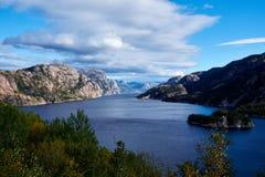 Lysefjord hierboven wordt gezien die van Stock Foto's