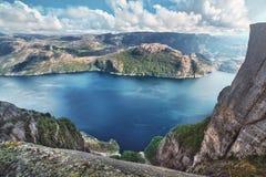 Lysefjord sikt från Preikestolen Royaltyfria Bilder